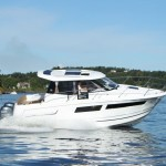 Noleggio barca a motore cabinata 8 metri Toscana mare