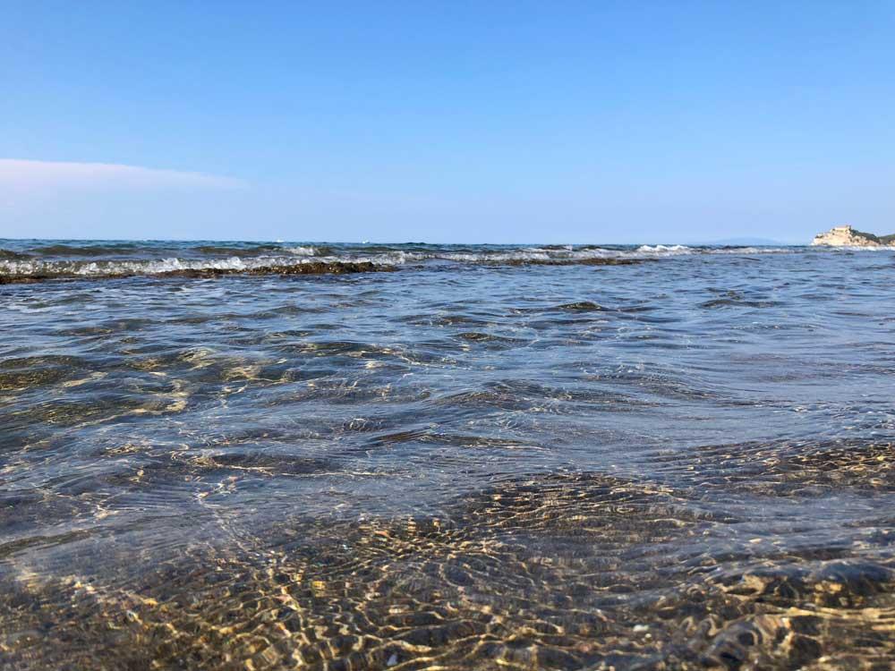 Il mare splendido della zona di Roccamare - Cala Violina, nello specifico - nel sud della Toscana